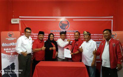 Buktikan Keseriusan Maju di Pilwako Batam, Candra Ibrahim Serahkan Berkas Persyaratan ke DPC PDI P Kota Batam