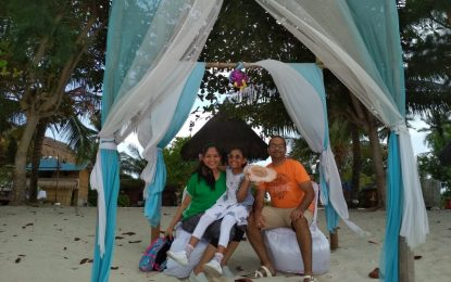 Cairkan Suasana Kebuntuan dari Runitas Harian dengan Family Gathering. Temukan di Bintan Brzee Beach!