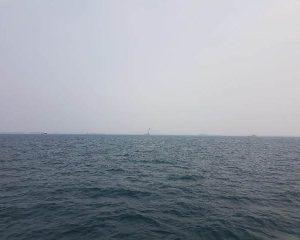 Kabut Asap Melanda, ABK Ferry Batam-Singapura Gunakan Masker