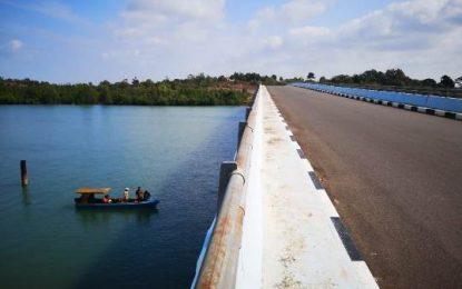 Dinas PUPR Provinsi Kepri Pertanyakan Ketahanan Pondasi Jembatan 2 Pulau Dompak