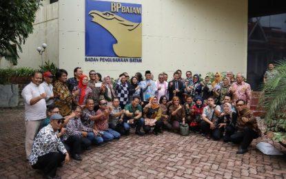 Wartawan Unit Kantor Gubernur Sumatera Utara Kunjungi BP Batam