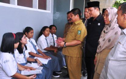Bupati Amril Mukminin Minta Satuan Pendidikan Laksanakan Sehari Belajar di Luar Kelas