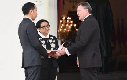 Presiden Jokowi Terima Surat Kepercayaan 14 Duta Besar Negara Sahabat