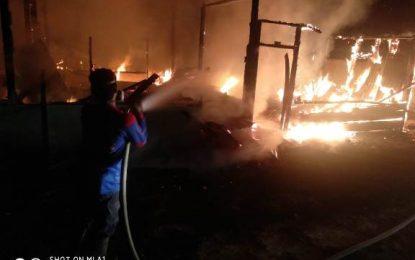 Rumah Semi Permanen Habis Terbakar, Kerugian Ditaksir Puluhan Juta Rupiah