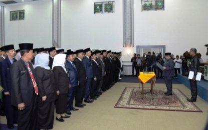 Lantik Pejabat Pimpinan Tinggi Pratama, Bupati Amril Berpesan agar Menjaga Amanah