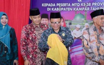 H. Khairul Umam Berikan Selamat kepada Pejuang Alquran Berprestasi