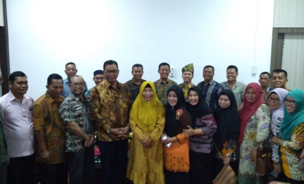 16 Koperasi Berprestasi Studi Banding ke Surabaya