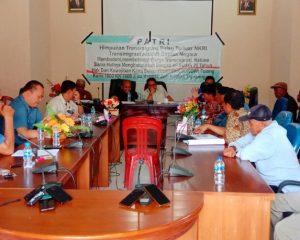 Warga Transmigrasi Batubi Mengadu ke DPRD Natuna