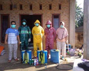 Cegah Covid-19, Desa Sampuran Lakukan Penyemprotan Disinfektan