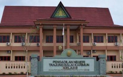 Ketua PN Tanjung Balai Karimun Angkat Hakim yang Baru Dilantik menjadi Ketua Majelis