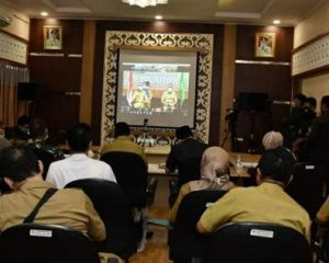 Video Conference bersama Gubernur Riau, Ketua DPRD Bahas Realokasi Dana untuk Penanganan Virus Corona