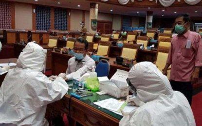 Anggota DPRD Batam Lakukan Rapid Test Kedua