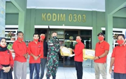 Fraksi PDIP DPRD Bengkalis Bagikan APD di Sejumlah Titik