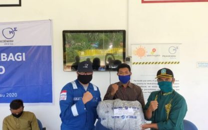 Upaya Pencegahan Penyebaran Covid-19 di KKA, Medco E&P Natuna Ltd dan SKK Migas Salurkan Bantuan Sembako serta Masker