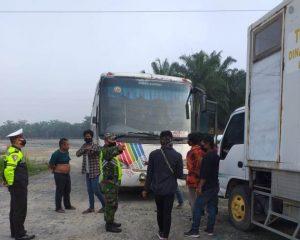 Demi memutus Mata Rantai Pandemi Covid-19 Masuk Perbatasan Pinggir-Kandis Mobil dari Kabupaten Lain di Cek