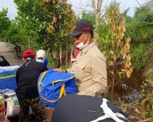 Bupati Rohil Tinjau Lokasi Kebakaran di Sei Bakau