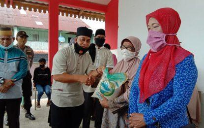 Di Tengah Pandemi Covid-19, Wabub Lingga Lanjutkan Safari Ramadhan di Dua Desa