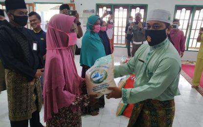 Safari Ramadhan, Wabub Lingga Berbagi Ditengah Pandemi Covid-19