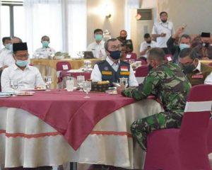 Ketua DPRD Riau Hadiri Rapat Evaluasi PSBB, Fokus Perbaikan Ekonomi