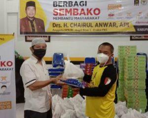 Jelang Idul Fitri Chairul Anwar Sebar Paket Sembako di 7 Kabupaten dan Kota di Riau