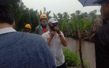 BPB dan PU Tetap Tinjau Lokasi Rawan Banjir Meski Diguyur Hujan
