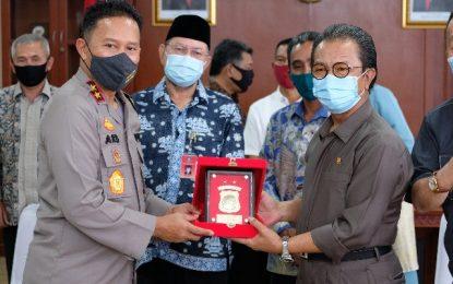 Ketua DPRD Kepri Kunjungi Kapolda Kepri, Bahas Apa ?
