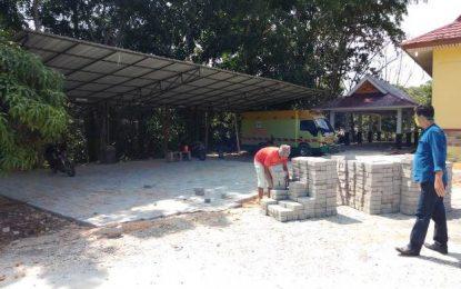 Pembuatan Tempat Parkir dan Pekerjaan Pagar Selasar Dinkes Pelalawan Dipertanyakan, Awaluddin: Dananya Sekitar Rp. 5,5 juta