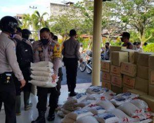 HUT Bhayangkara Ke-74, Polsek Bangko Salurkan 110 Paket Sembako