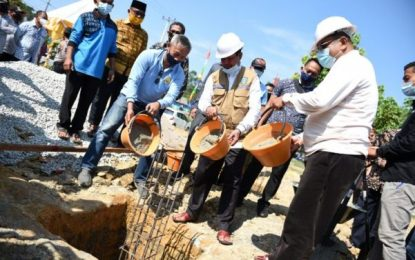 Isdianto Hadiri Peletakan Batu Pertama Pembangunan  Gedung DPC Among Mitro