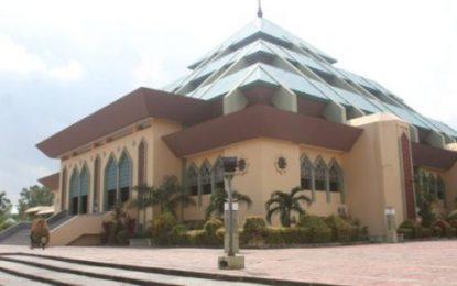Sempat Tertunda, Renovasi Awal Masjid Agung Batam Center Dilanjutkan