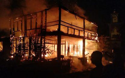 Diduga Korsleting Listrik, Satu Unit Rumah Warga Desa Resun Ludes Terbakar