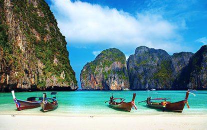 Thailand akan Dibuka Kembali untuk Turis Asing, Ini Syaratnya
