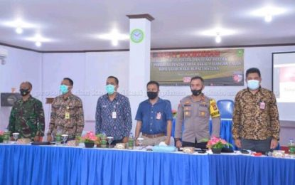 Plt Asisten Pemerintahan Setda Natuna Hadiri Rakor Persiapan Pendaftaran Bakal Calon Bupati dan Wakil Bupati Natuna