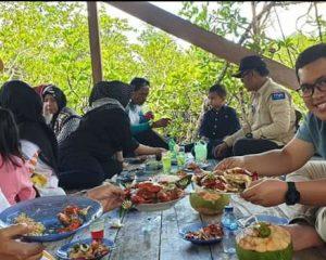 Daeng Ganda Rahmatullah Kunjungi Wisata Mangrove Mekar Jaya