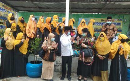 Kunjungi Kampung Harapan, Isdianto Merinding