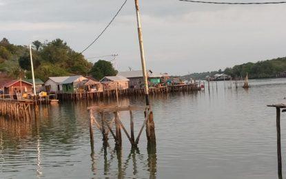 Warga Kecewa Pengerjaan Pembangunan Jembatan Pulau Mas Lingga Lemban