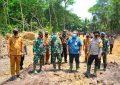 Tim Wasev Mabes TNI AD Tinjau Pelaksanaan TMMD di Kelurahan Buru