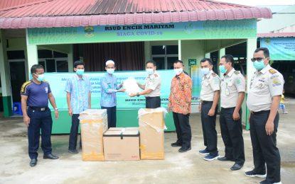 Ikut Andil Memerangi Covid-19, KKP II Tanjungpinang Salurkan Ribuan Rapid Tes ke Pemkab Lingga